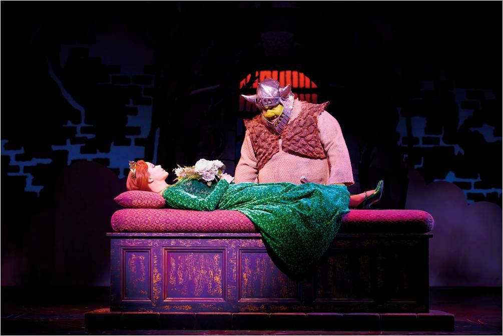 Shrek The Musical Hag And Con At The Uk Royal Gala 8 6 11